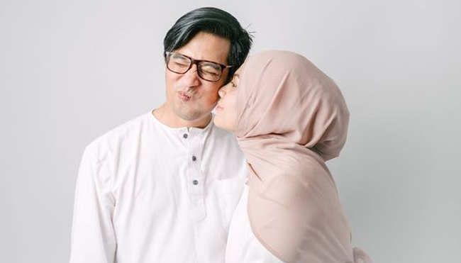 Know the Law of Kissing in Ramadan